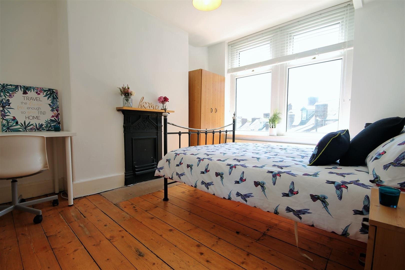 Springbank Road Newcastle Upon Tyne, 5 Bedrooms  House - terraced ,To Let